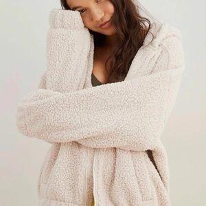 Aerie cream nwt Sherpa teddy zip hoodie jacket